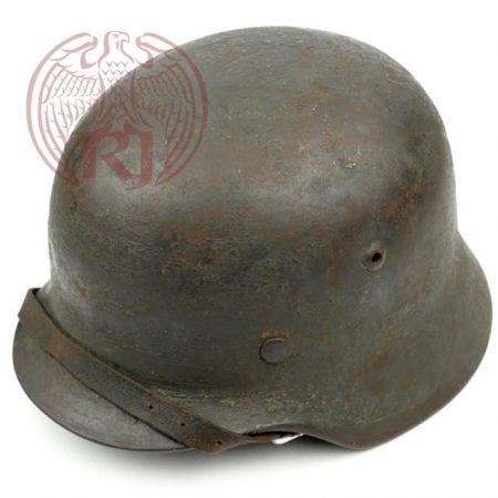 m35-concrete-cement-camouflaged-helmet-water-2